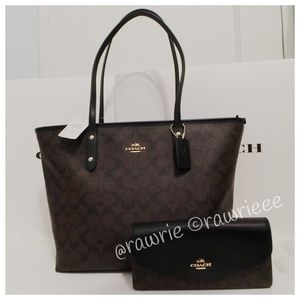 New Coach Signature City Tote Matching Wallet Set